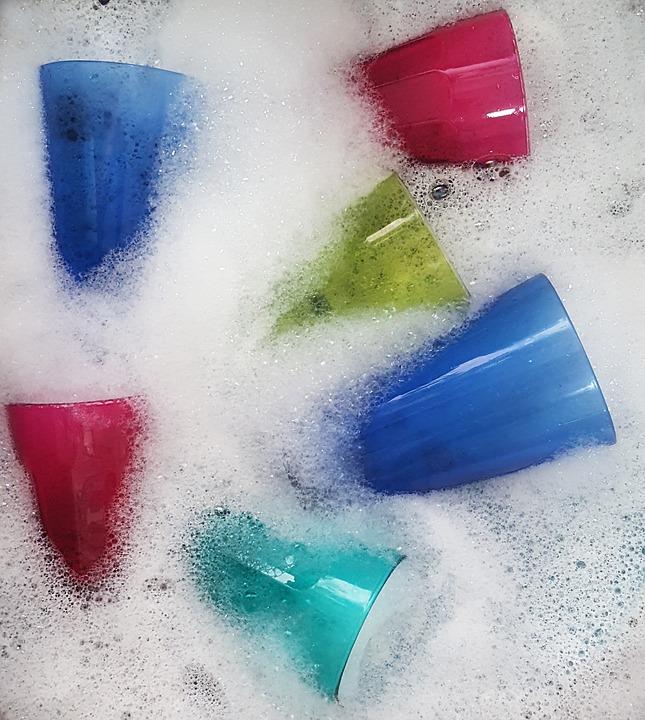 zastosowania płynu do mycia naczyń