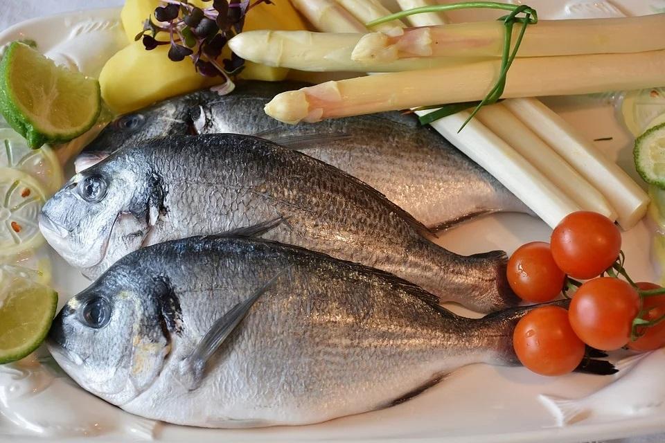 jak sprawdzić świeżość ryby