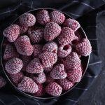 jak poprawnie mrozić owoce