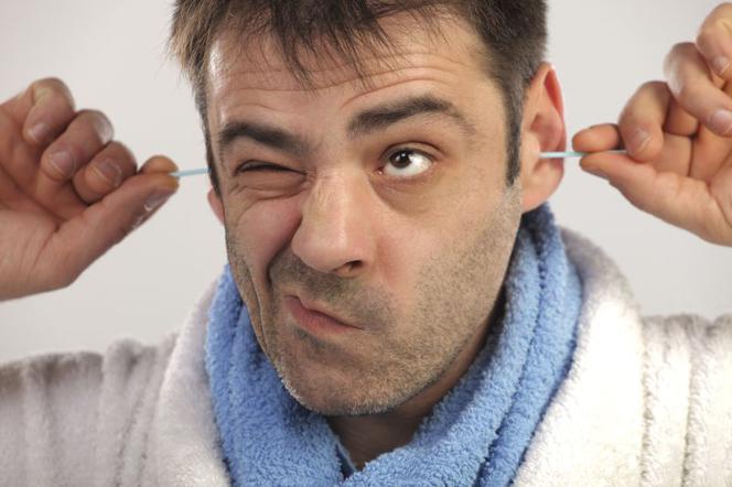 czyszczenie uszu