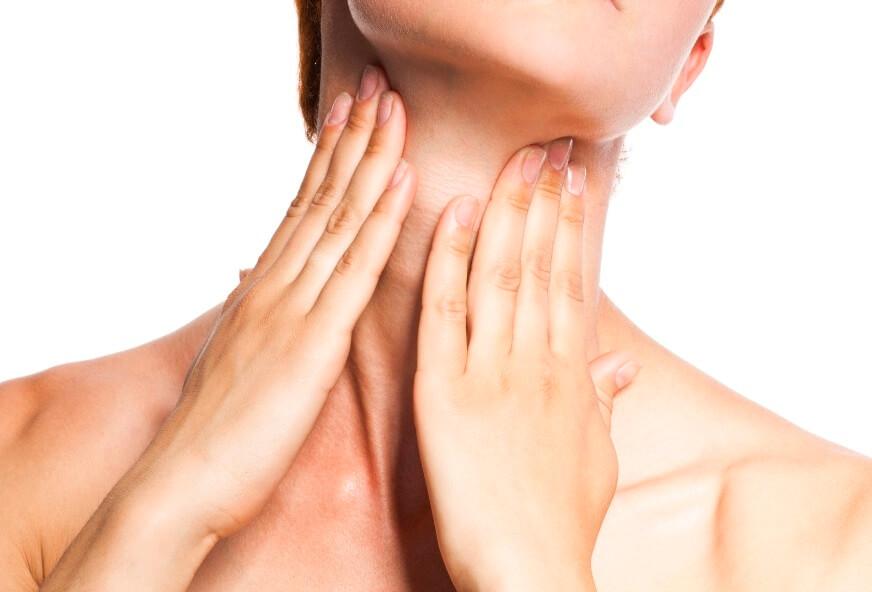 naturalne sposoby na zmarszczki na szyi
